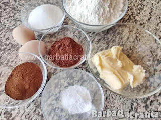ingrediente reteta fursecuri cu cafea - cacao, unt, faina, zahar, oua