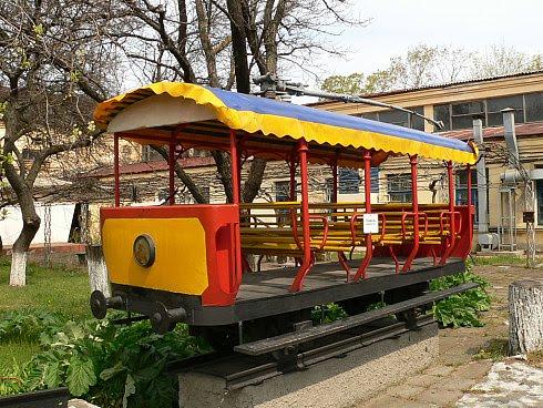Севастопольский трамвай в троллейбусном депо Севастополя