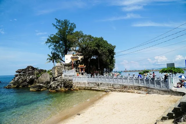 Dinh Cau with over 300 years old in Phu Quoc