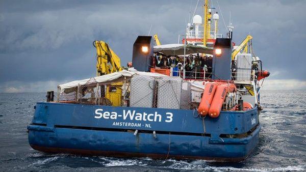 Prohíben desembarco de 42 migrantes en las costas de Italia
