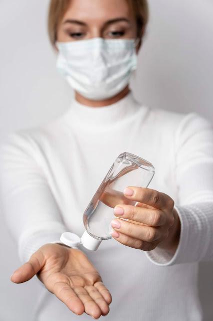 Coronavirus: come farsi in casa il disinfettante per le mani