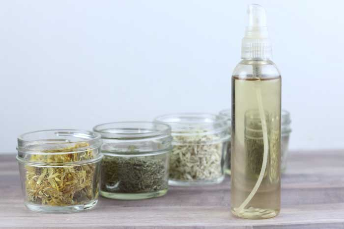 How to Make an Herbal Apple Cider Vinegar Hair Rinse Recipe For Any Hair Type