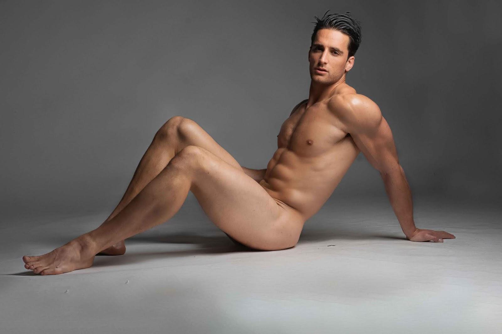 Naked Jeremy Yong