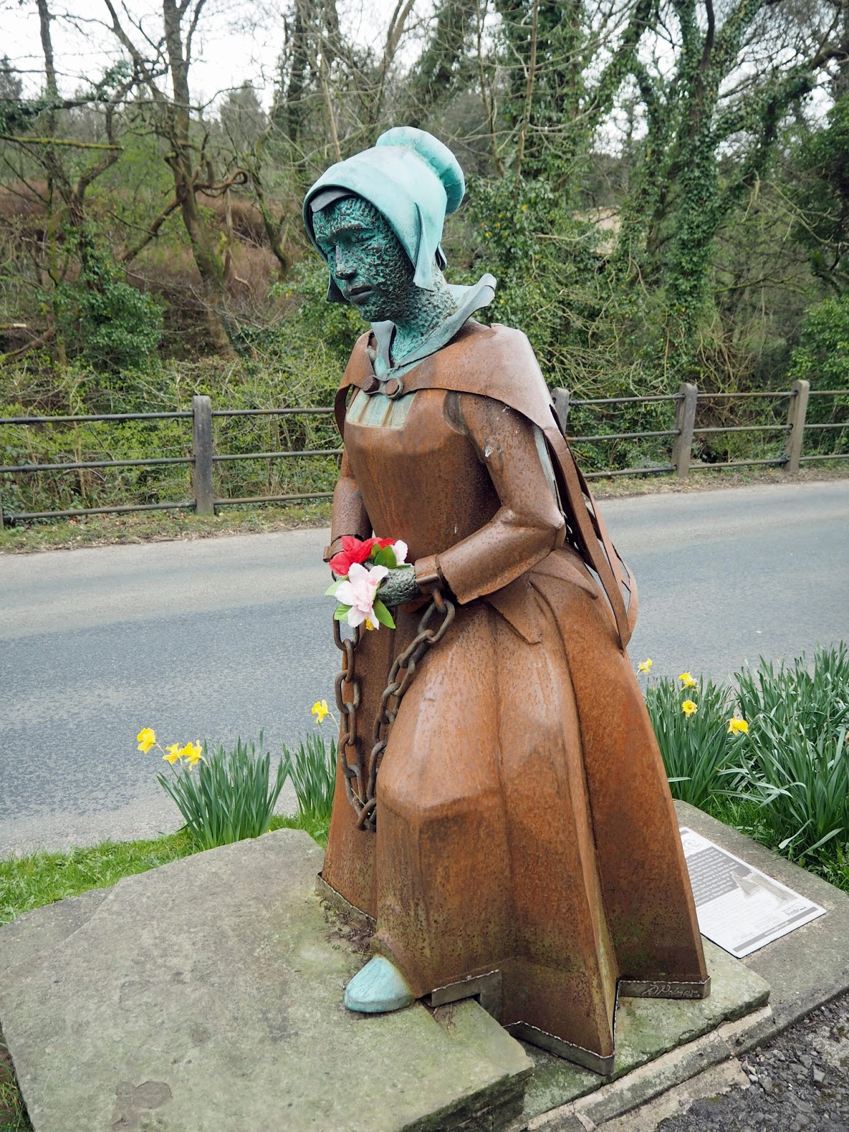Stirk House Gisburn, Pendle Witch Tours, statue of Alice Nutter