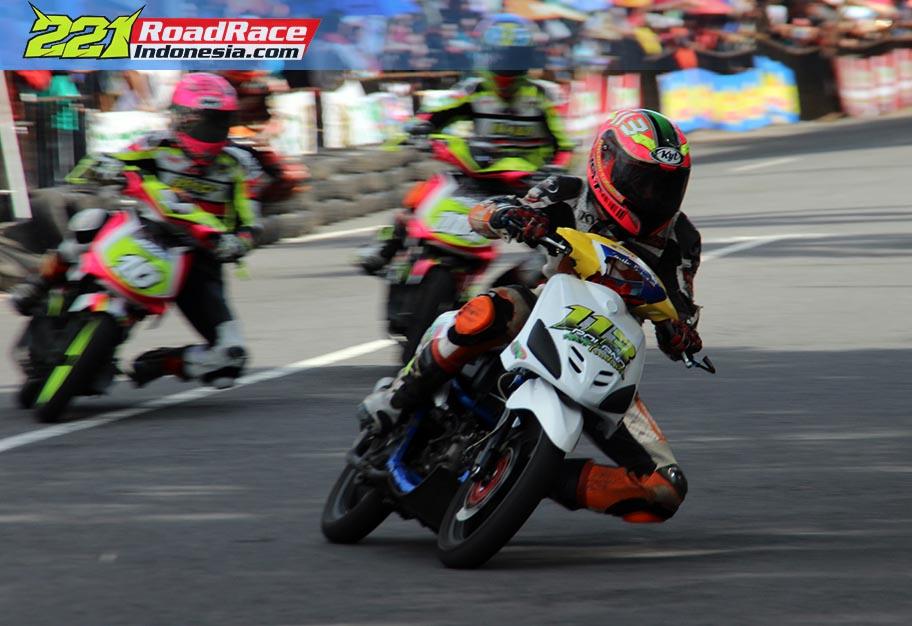 Hasil Matic Race Blitar Seri 2, Gass Polll Keliling Stadion, Anti Tikungan Patah