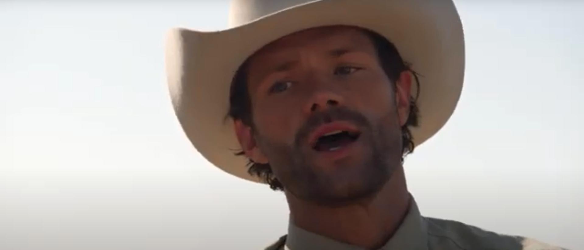 кадр из сериала Уокер