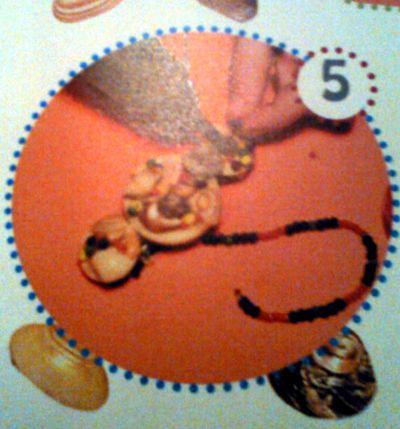 Decorando broche con mostacillas o cuentas