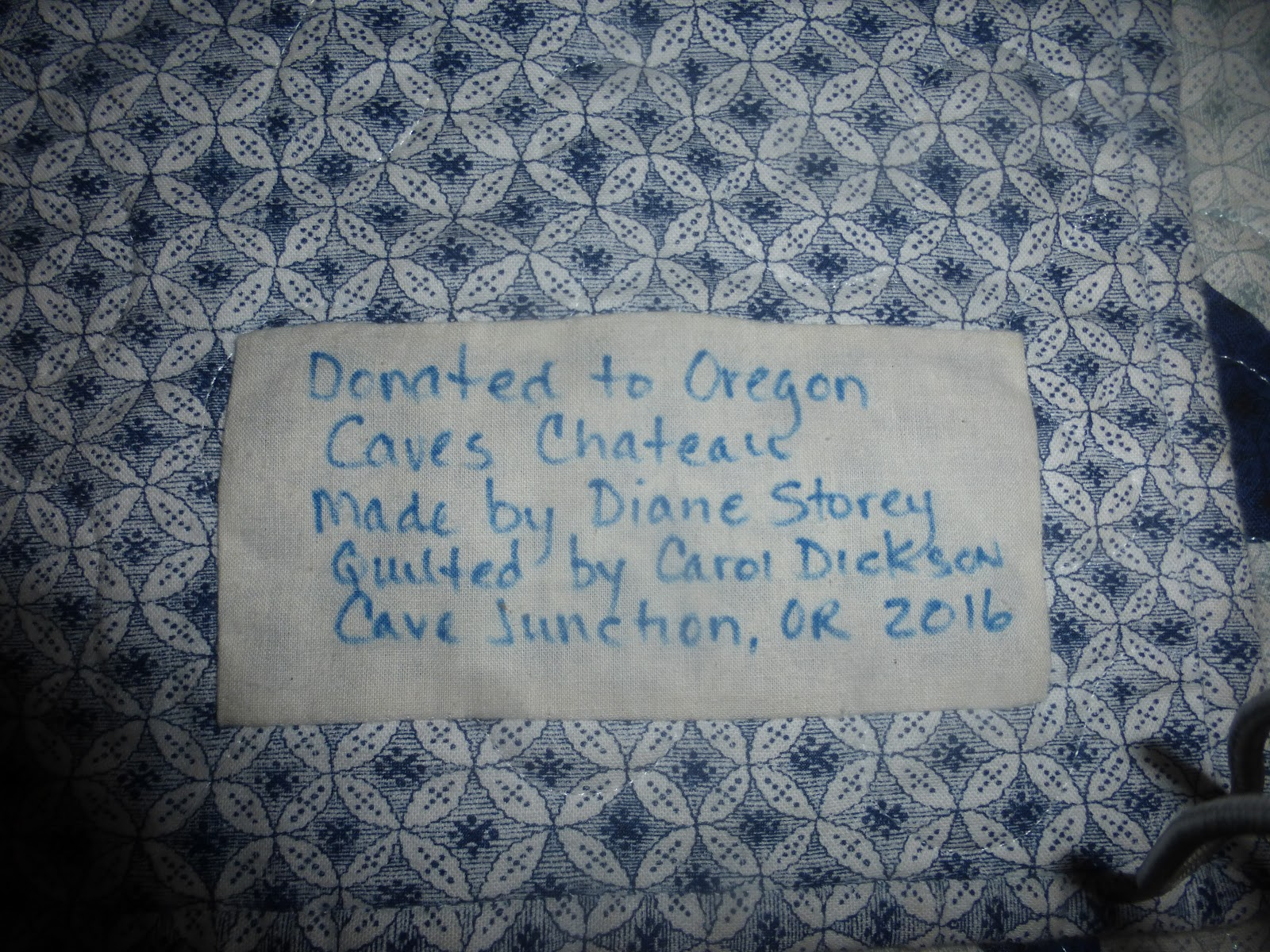 typical patch on quilts used in oregon caves chateau guest rooms july 2018