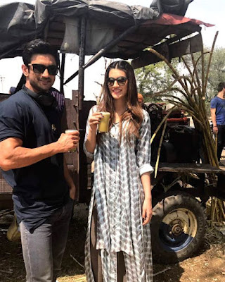 sushant-takes-kriti-around-amritsar