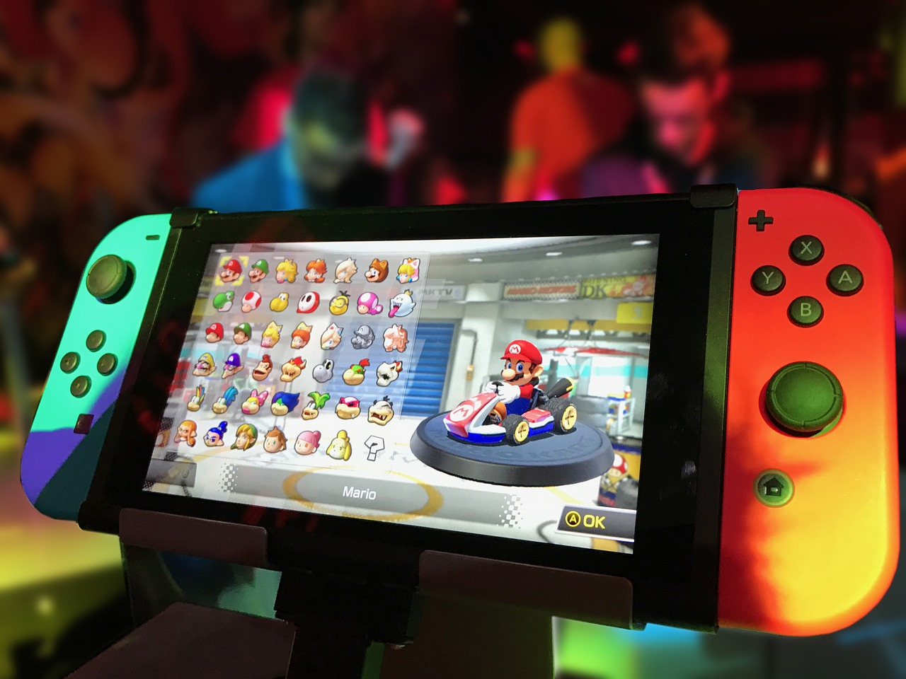 Top 5 Awesome Techie Gifts for your Loved Ones and More, nintendo switch