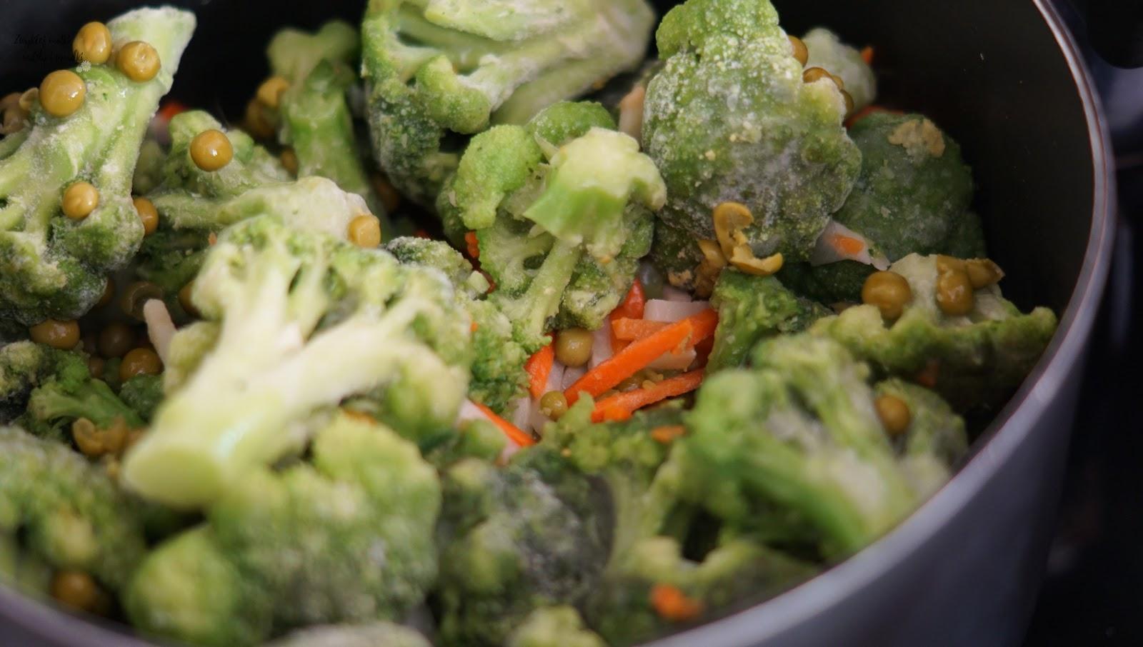 Zupa brokułowo-groszkowa, czyli szybki obiad