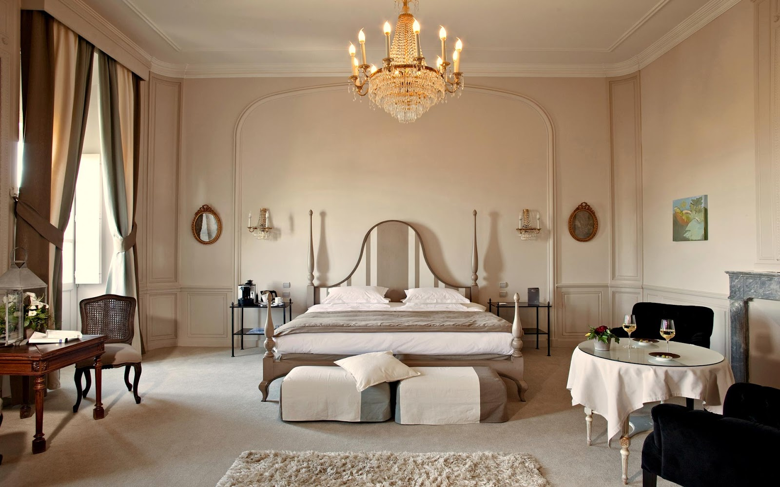 A Luxury Castle Among Excellent Wines And Beautiful Castles In The Provence Region The Chateau De Rochegude The Travel Blog By Icastelli Net