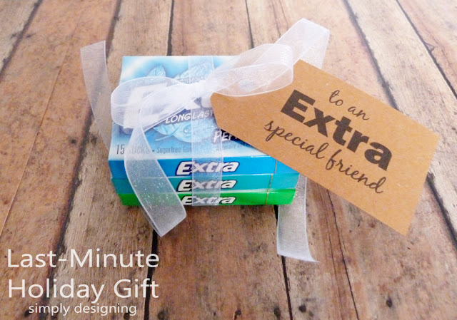 Extra Fun Holiday Gift Idea and Stocking Stuffer | #holiday #holidaygifts #freeprintable #christmas #diygifts #giveextragum #shop #sponsored #cbias