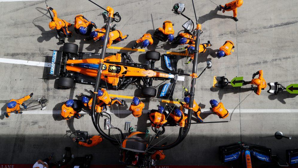McLaren 'visa inspirar futuras gerações de talentos' com a nova aliança para promover a diversidade no automobilismo