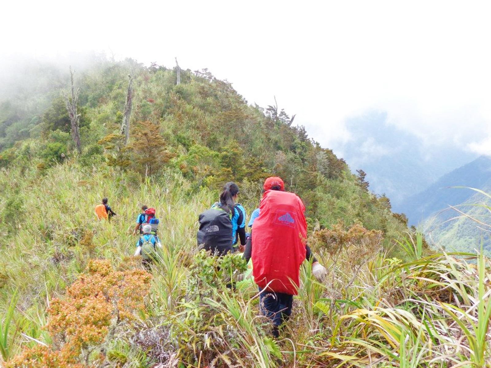 Dulang - Maagnaw Traverse Climb