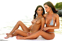 Crissy Moran And Mindy Vega Playing Lesbian At The Beach