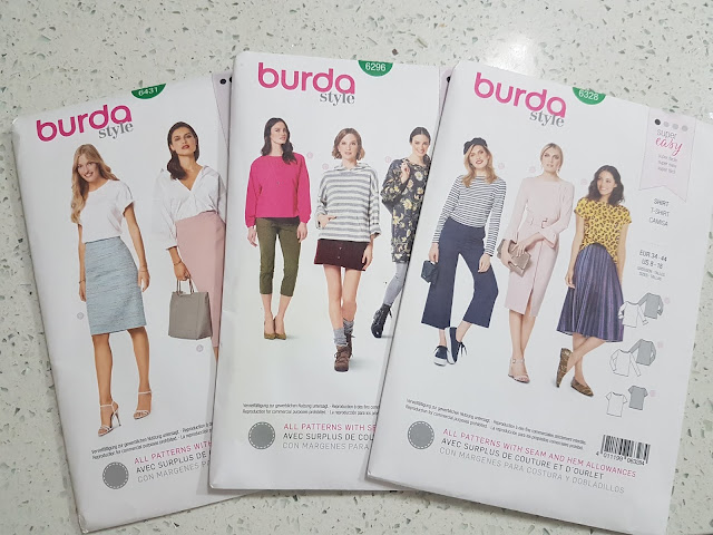 Burda 6296 pattern review by Plaid and Sugar
