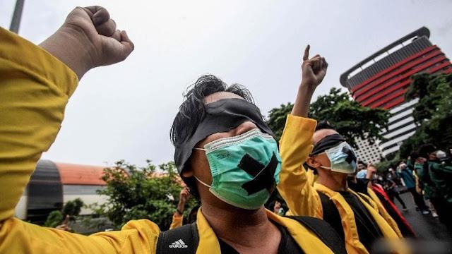 Andi Arief: Mengagumkan, Hanya Kurang 48 Jam Mahasiswa Mampu Konsolidasi Nasional