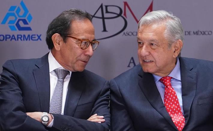 Carlos Salazar Lomelín, presidente del CCE y Andrés Manuel López Obrador, presidente de México. (Foto: Gobierno Federal)