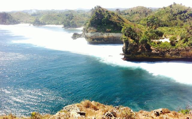 pantai batu bengkung wisata alam hits malang jawa timur