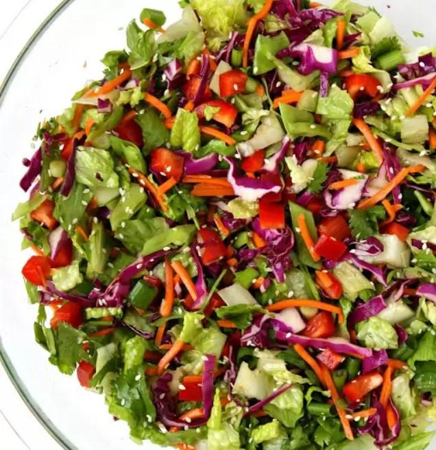 Asian Chopped Salad with Sesame Vinaigrette #vegetarian #glutenfree