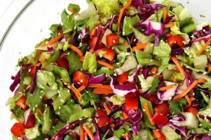 Asian Chopped Salad with Sesame Vinaigrette #vegetarian #glutenfree