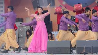Bangladeshi Actress Purnima in Pink Dress 7