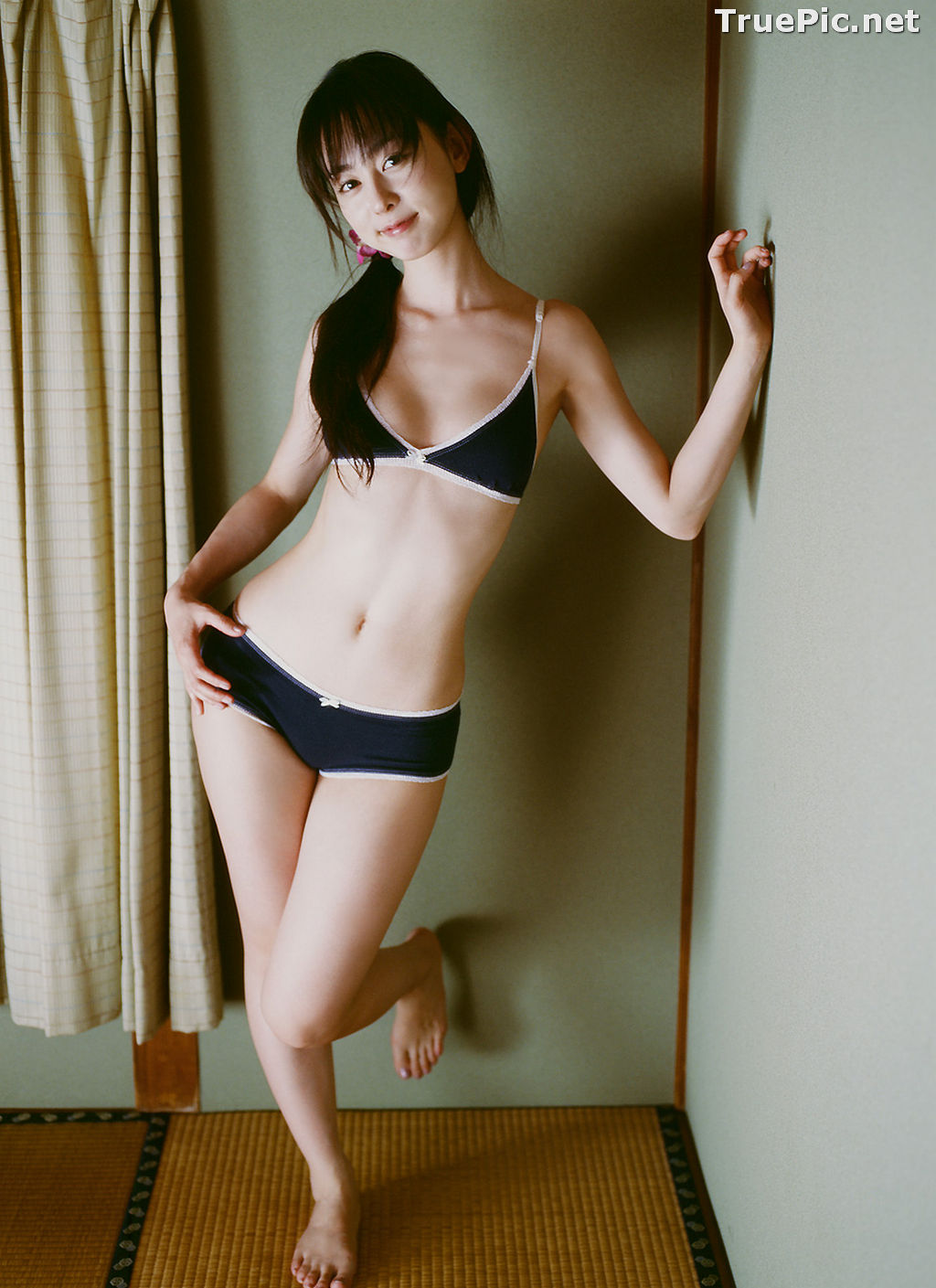 Image Image-TV Album Waiting for Me - Japanese Actress and Gravure Idol - Rina Akiyama - TruePic.net - Picture-10