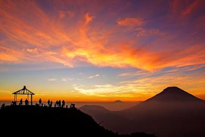 7 Gunung di Dieng dengan Panorama Sunrise Terbaik dan Terindah