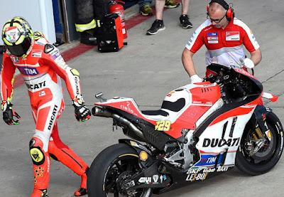 Lorenzo Masuk! Ducati Bingung Akan Coret Andrea yang Mana?