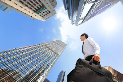 5 Keuntungan Memulai Karir di Perusahaan Besar