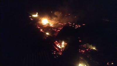 2 Unit Rumah Kayu di Sipispis Ludes Terbakar