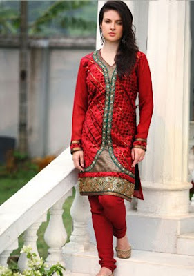 Pakistani Girl Hot stills in Red