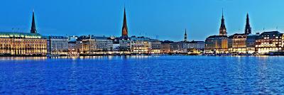 Hamburg Panorama Binnenalster blaue Stunde