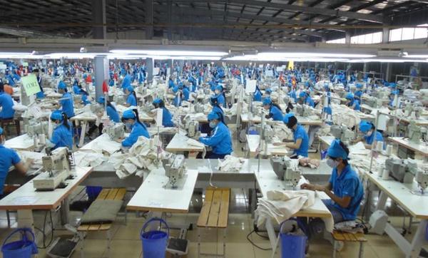 GOLD GARMENT- Nhà máy áo gió hàng đầu thị trường