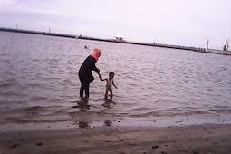 Berbakti Kepada Kedua Orang tua dan Larangan Berbuat Durhaka Kepada Kedua Orang tua