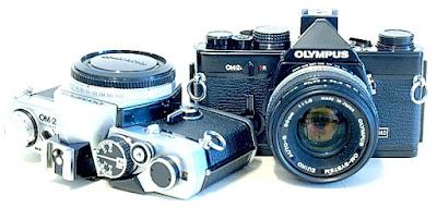 Olympus OM-2n, in chrome and black