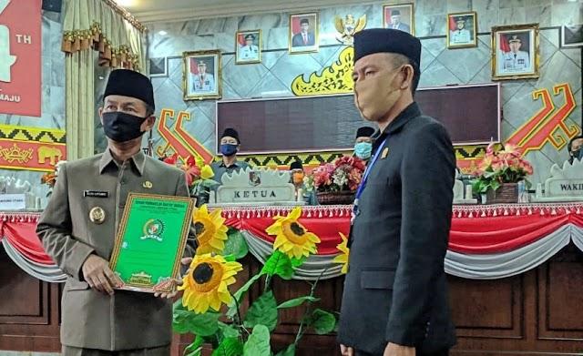 Panitia Khusus LKPJ Bupati Lampura Tahun Anggaran 2019 Menyampaikan 8 Poin Penting Yang Direkomendasikan Kepada Pemerintah Daerah Kabupaten Lampung Utara