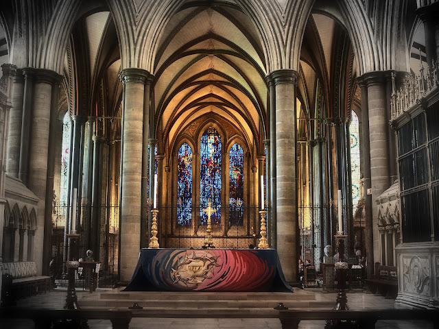 Salisbury; Der Hauptaltar