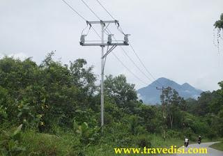 Cerita pengalaman traveling para Travedisi Crew ketika mengunjungi Air Terjun Riam Berawan,Dusun Melayang,Kec Seluas,Kab Bengkayang,Kalimantan Barat,Seru Kocak