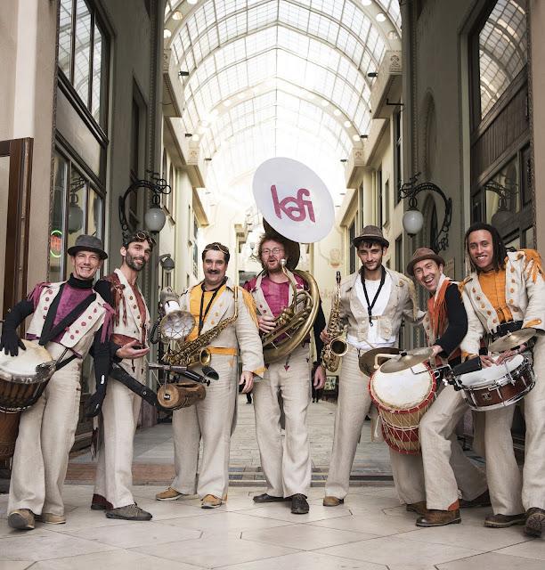 La fanfare Kafi (Nantes, Rennes) jouera son spectacle de rue en Espagne en septembre 2018.