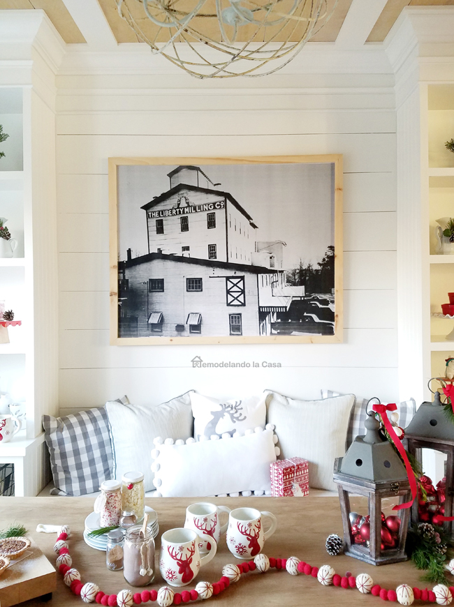 DIY - Big Farmhouse Wall Art for Under $30 - Remodelando la Casa