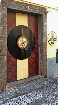 Arts Open House. Madeira. Portugal. Santa Maria Street. Искусство открытых дверей. Мадейра. Португалия. Улица Санта Мария.