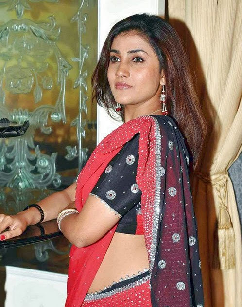 INDIAN ACTRESS DATABASE(POST UR ACTRESS PICS) NO FULL NUDE