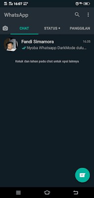 Tampilan Daftar Chat WhatsApp Dark Mode