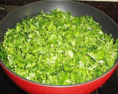 chopped fenugreek leaves