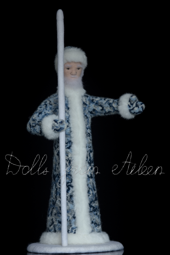 ooak needle felted Ded Moroz doll showing the way