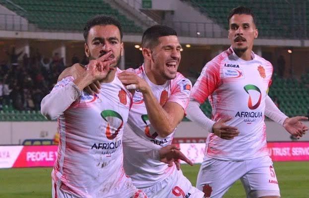شرطة مطار القاهرة تعتقل لاعباً لحسنية أكادير !