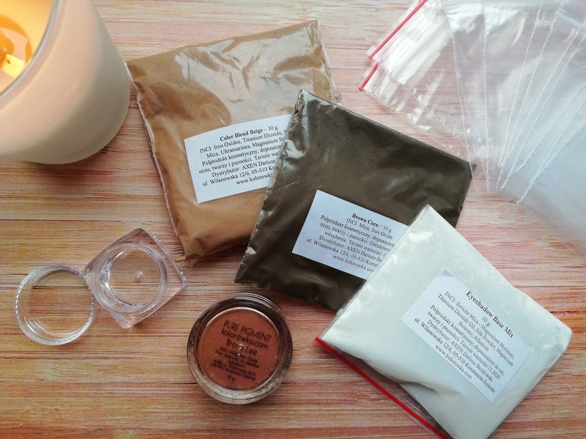 Jak zrobić neutralne cienie do powiek z pigmentów mineralnych? Odc. 1: chłodne beże