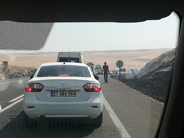 Suruç yolunda yangın ve trafik kazası